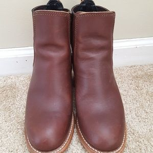 Red Wing Harriet boots in Mahogany size 5
